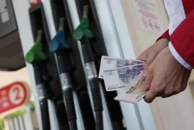 Аксенов ожидает объяснений, почему вКрыму завышены цены на горючее