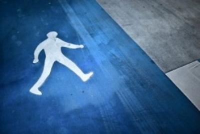 ВКрыму шофёр мусоровоза, сдавая назад, задавил пешехода