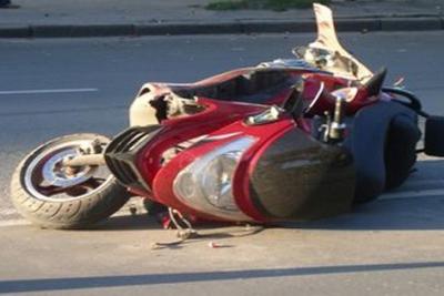 ВАлуште двое погибли вДТП намотоцикле, протаранив бордюр