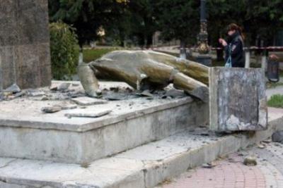 Вкрымском городе Судак уничтожен монумент Ленину