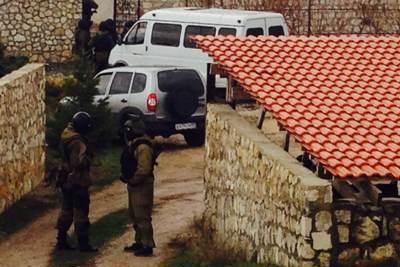 После обысков в Крыму задержали 9 человек