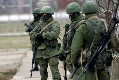 «зеленых человечков» появились воЛьвове под ГенконсульствомРФ