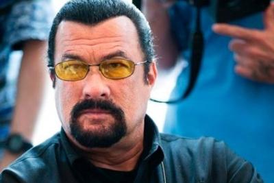 Аксенов пригласил Стивена Сигала вКрым