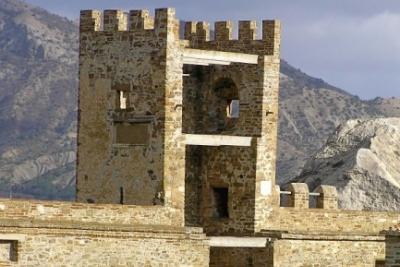 СКРФ обвинил директора музея «Судакская крепость» впревышении полномочий