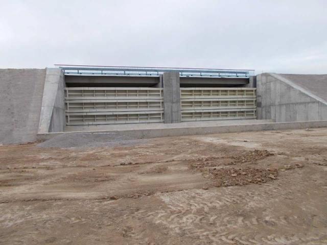 Дамба натерритории Херсонщины даст возможность перекрыть подачу пресной воды вКрым