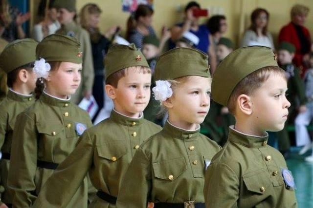 Оккупанты запретили детскому танцевальному коллективу выступать в футболках с крымскотатарским гербом, - Умеров - Цензор.НЕТ 4081