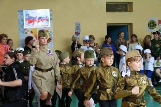 Российская военная пропаганда в оккупированном Крыму готовит детей к армии со школьного возраста, - правозащитница - Цензор.НЕТ 6576