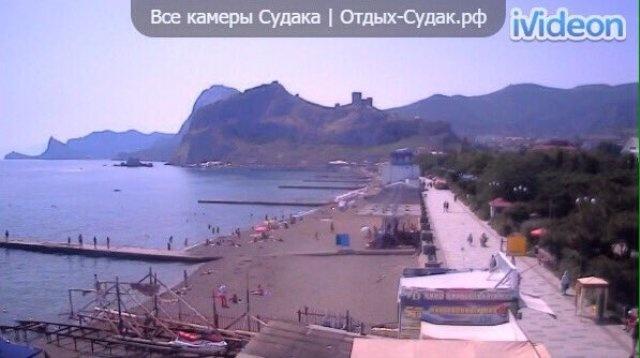 Просто еще не сезон: фото пустующих пляжей в Крыму
